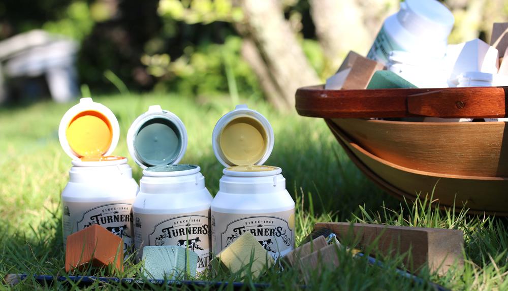 turner-milkpaint-top